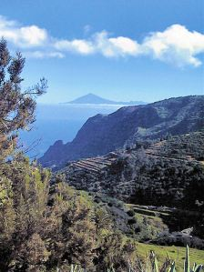 On La Gomera - Tenerife's Teide visible