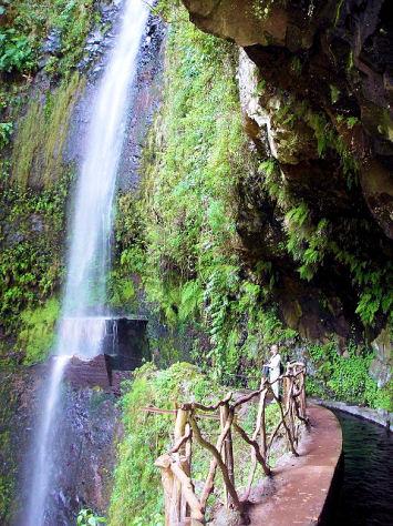 Madeira SWMW Walk 33 Levada da Ribeira da Janela to Lamaceiros